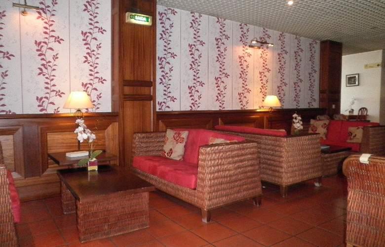 Hotel Residencial Batalha - Bar - 3