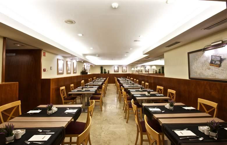 Catalonia Born - Restaurant - 4