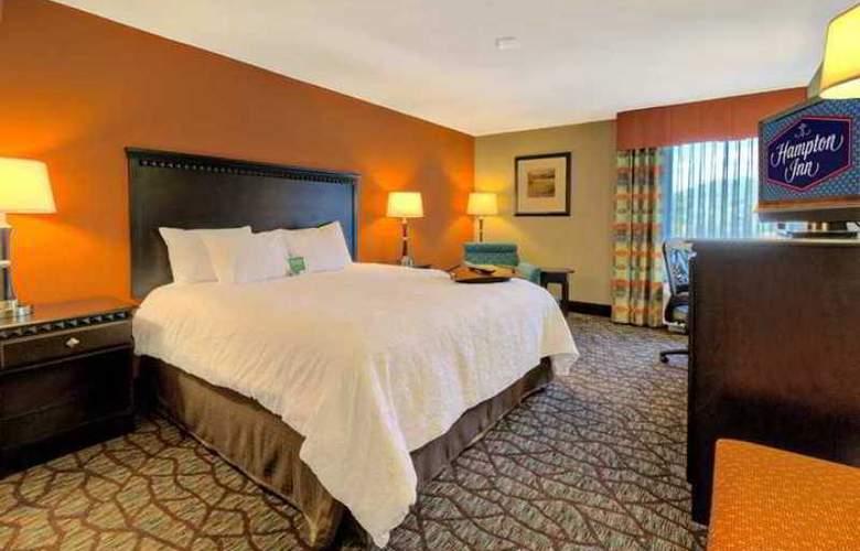 Hampton Inn Tunnel Road - Hotel - 6