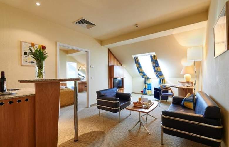 HiLight Suites Hotel - Room - 2