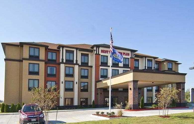 Best Western Tupelo Inn & Suites - Hotel - 1