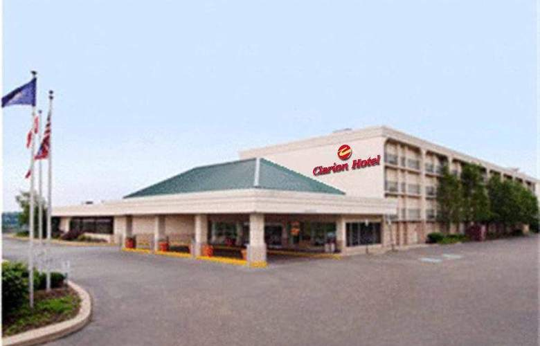 Clarion Hotel and Conference Center - Hotel - 0