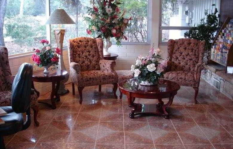 Cypress Gardens Inn - Hotel - 0