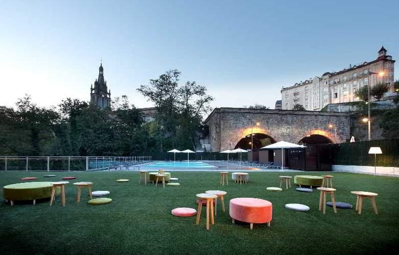Occidental Bilbao - Terrace - 7