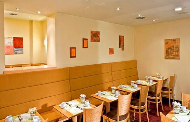 Wyndham Garden Duesseldorf City Centre Koenigsallee - Restaurant - 5