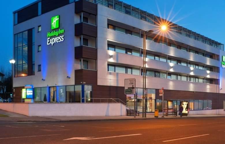 Holiday Inn Express London - Golders Green - Hotel - 0