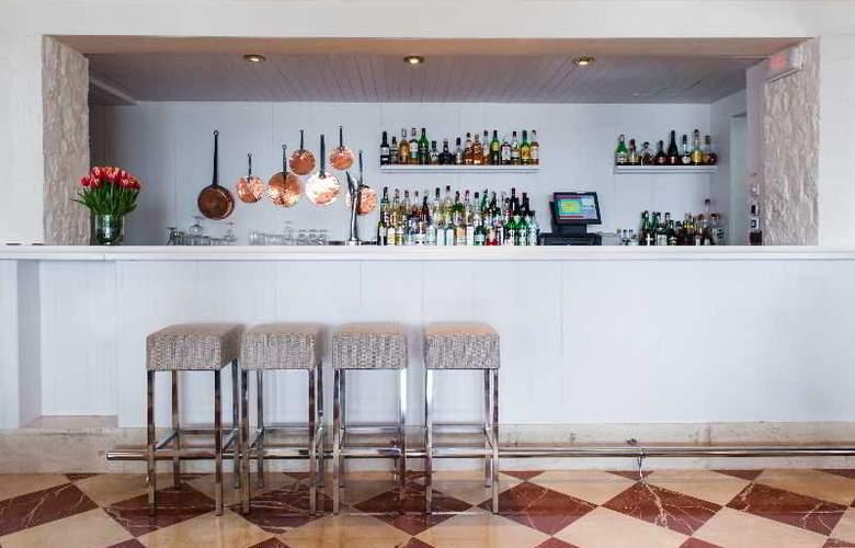 Illa D'Or Hotel - Bar - 22