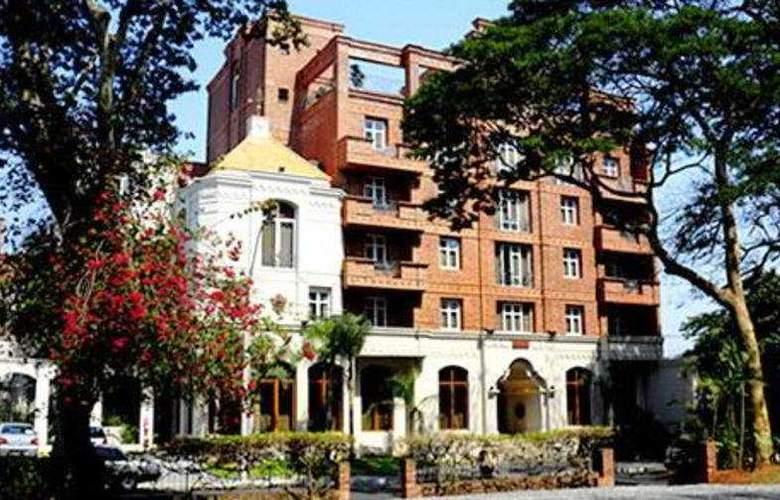 La Mision - Hotel - 0