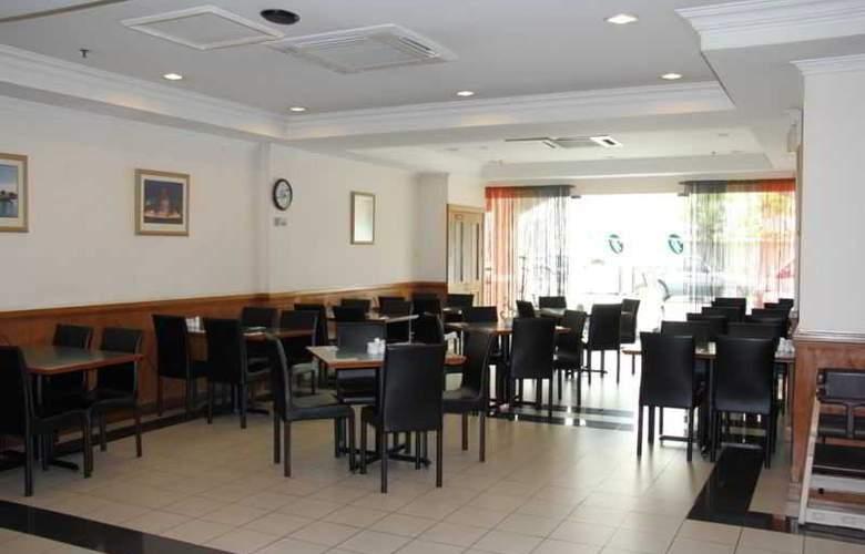 Traders Inn - Restaurant - 0