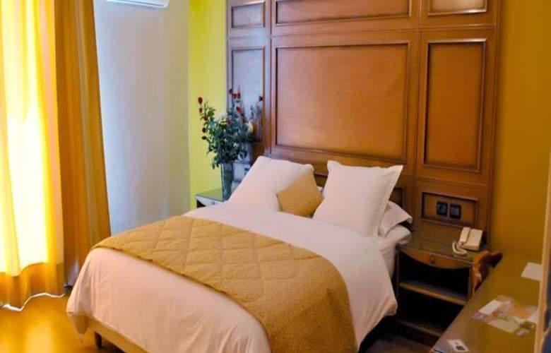 Rembrandt Hotel - Room - 13