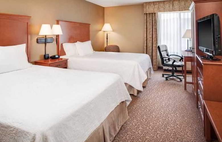 Hampton Inn Iowa City/Coralville - Room - 5