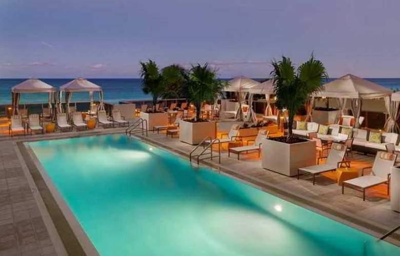 Hilton Cabana Miami Beach - Hotel - 7
