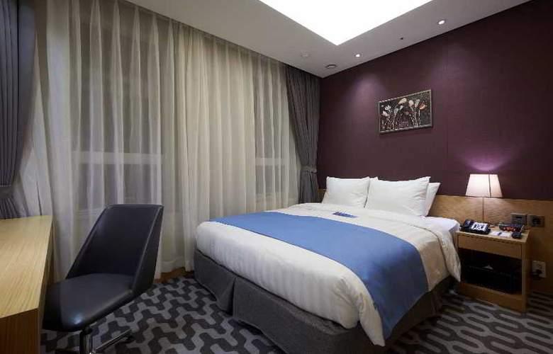 Days Hotel Myeongdong - Room - 1