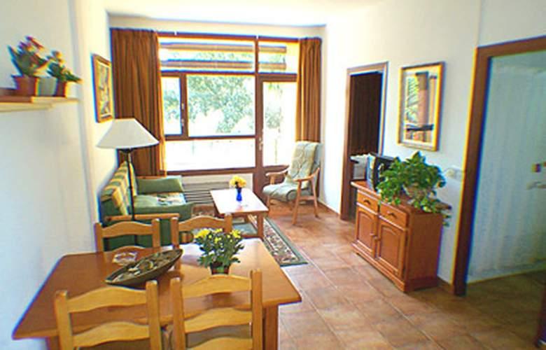 Apartamentos San Carlos - Room - 2