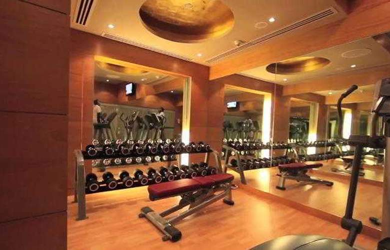 Radisson Blu Marina Connaught Place - Sport - 3