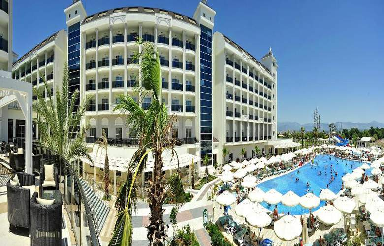 Lake & Riverside Hotel & Spa - Hotel - 5