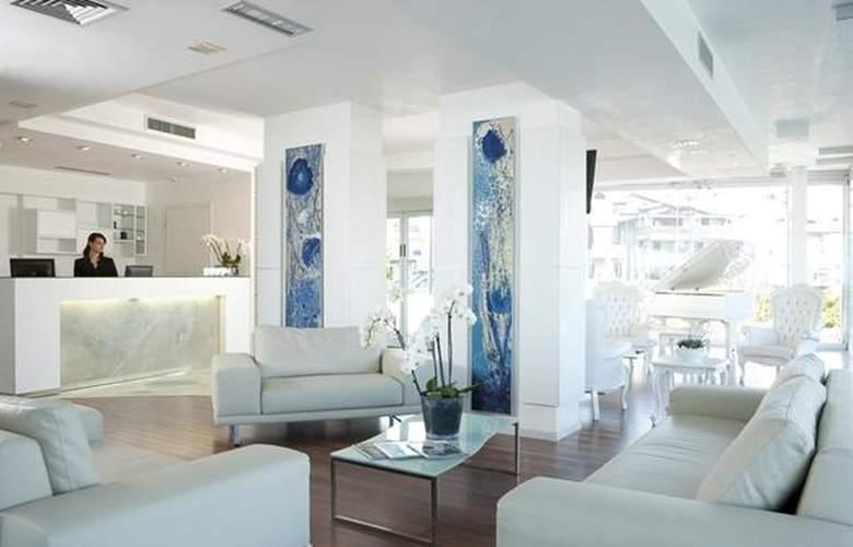 Adriatic Palace - Hotel - 1