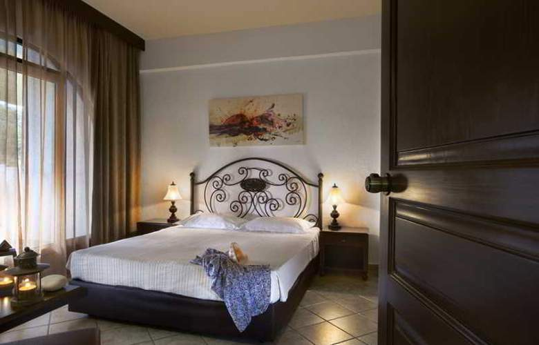Athena Pallas Village - Room - 17
