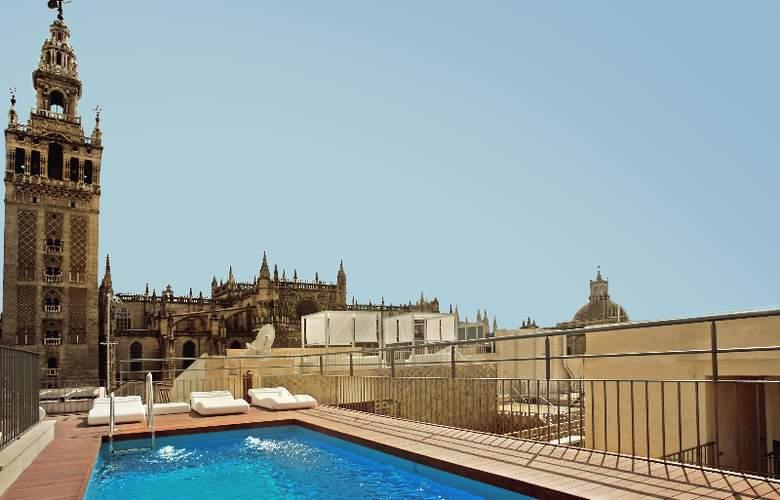 EME Catedral Hotel - Pool - 3