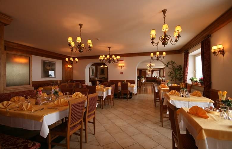 Des Alpes - Restaurant - 8