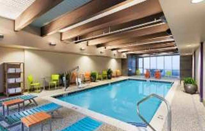 Home2 Suites Dover - Pool - 9