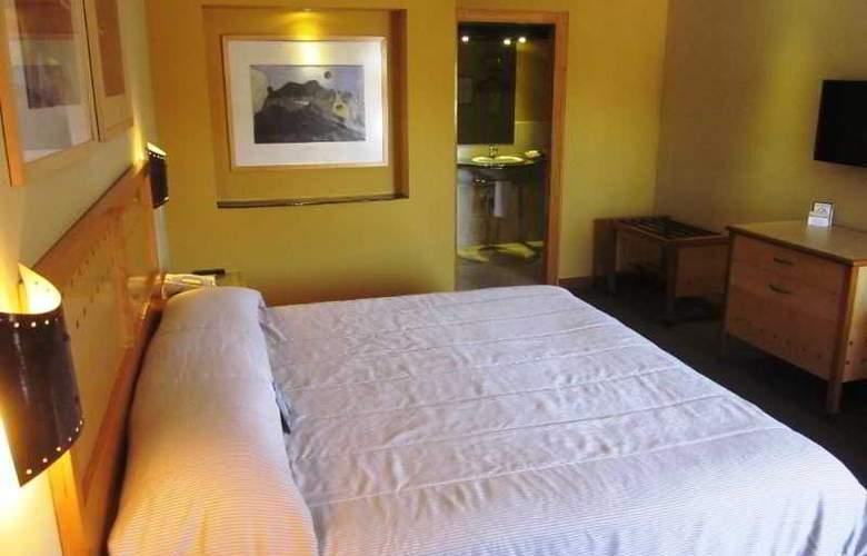 Colonial Hermosillo - Room - 8