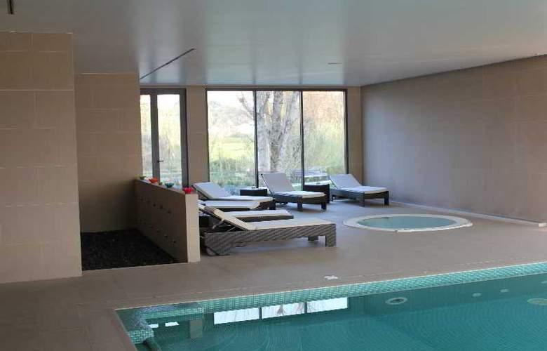 Villa Batalha - Pool - 2