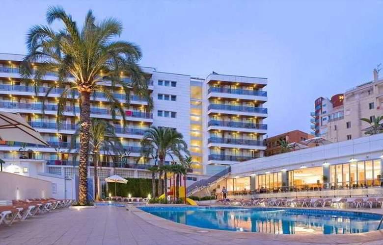 RH Bayren Parc - Hotel - 0