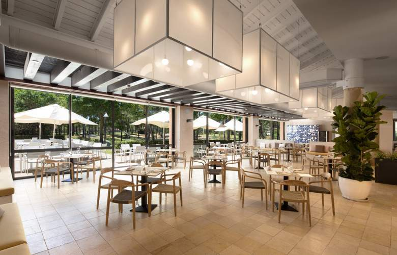 DoubleTree by Hilton Islantilla Beach Golf Resort - Restaurant - 7