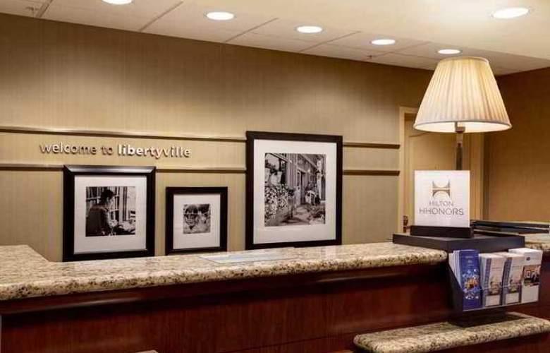 Hampton Inn & Suites Chicago Libertyville - Hotel - 1