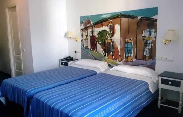 Polo - Room - 7