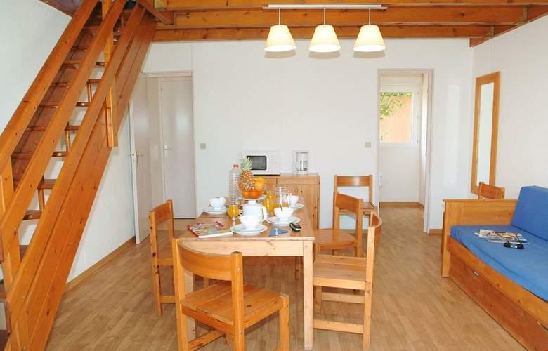 Les Villas Du Lac - Room - 8