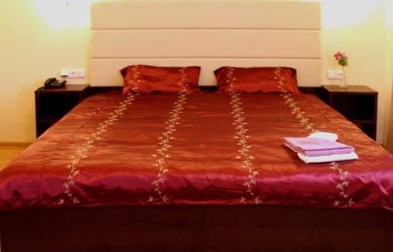Hotel Trevi - Room - 9