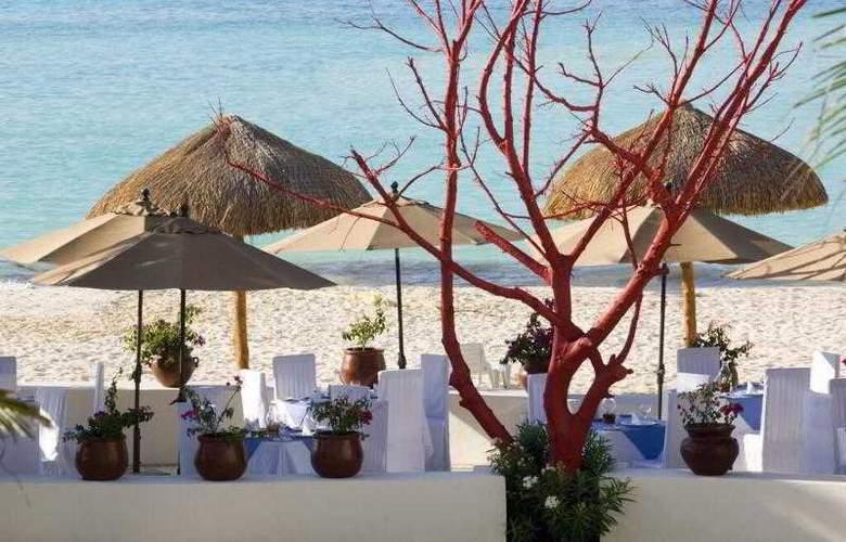 Oasis Palm - Beach - 9