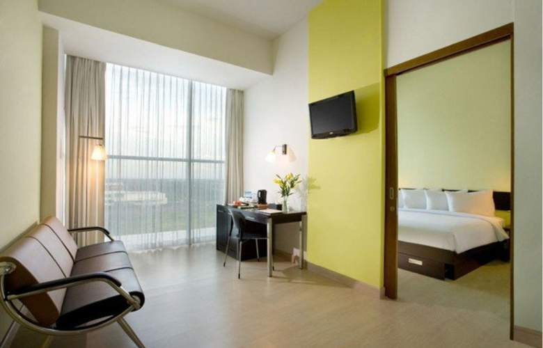 Santika  BSD City Serpong - Room - 7