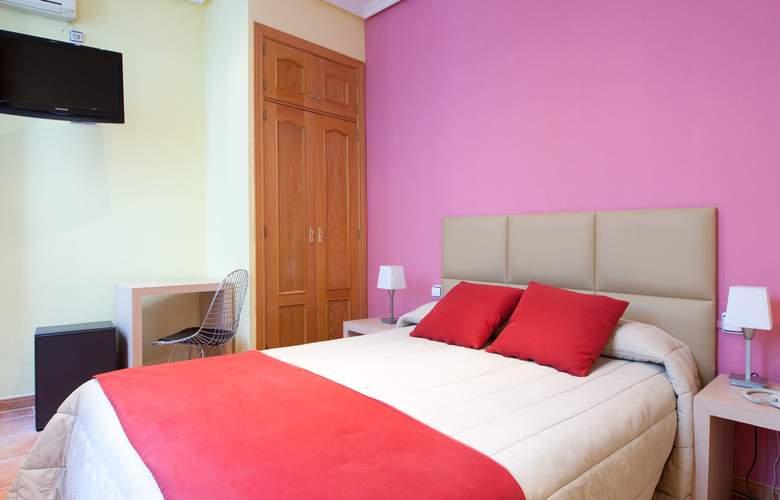 Hostal Las Fuentes - Room - 8
