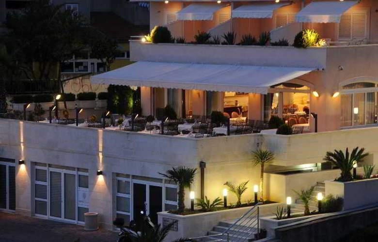 HOTEL ROSINA - Hotel - 12