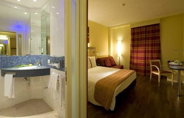 Holiday Inn Express Milan-Malpensa Airport - Room - 0