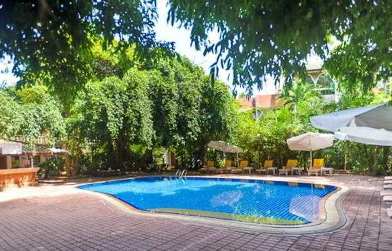 Tropica Bungalow Hotel - Pool - 8