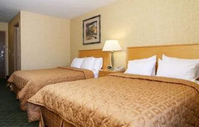 Comfort Inn & Suites - Room - 5