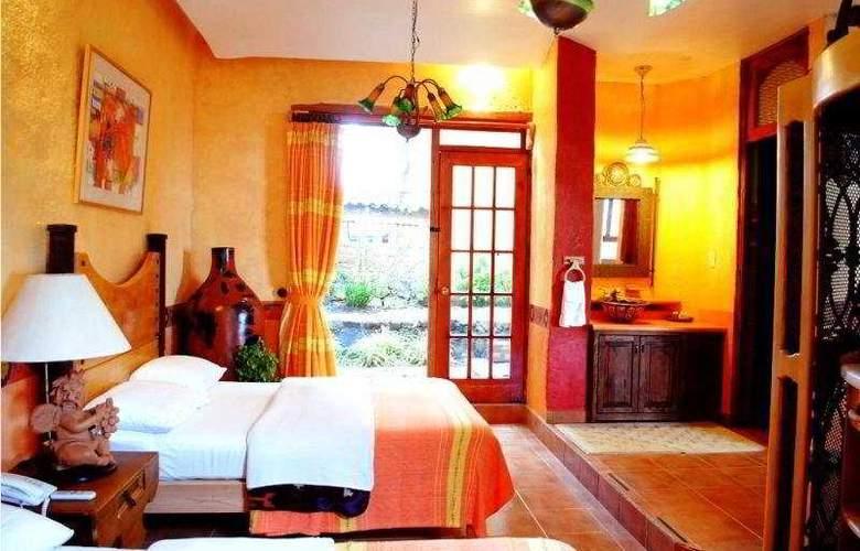 Eco Hotel Ixhi - Room - 0