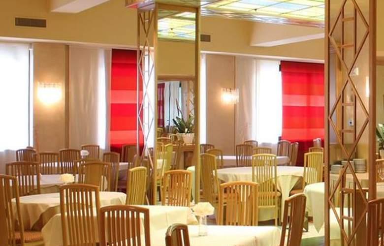 Best Western Oliveto - Hotel - 2