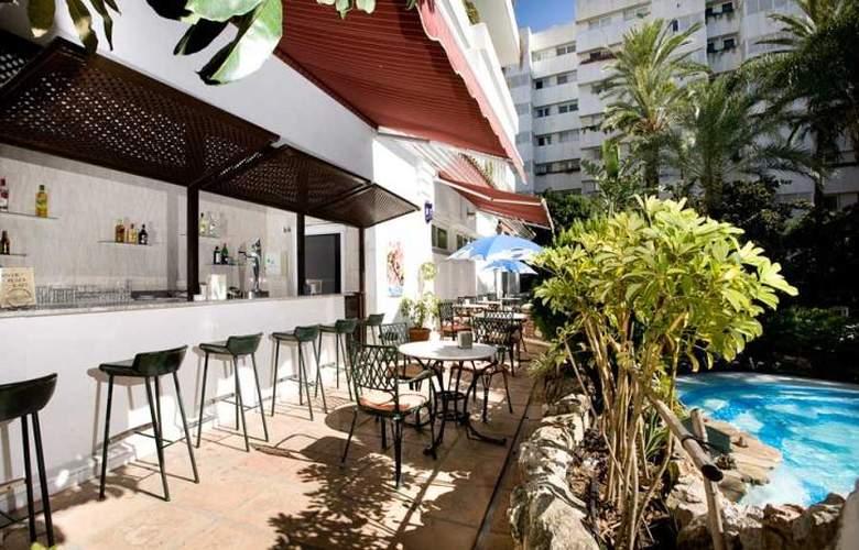 Monarque Sultan Aparthotel - Bar - 3