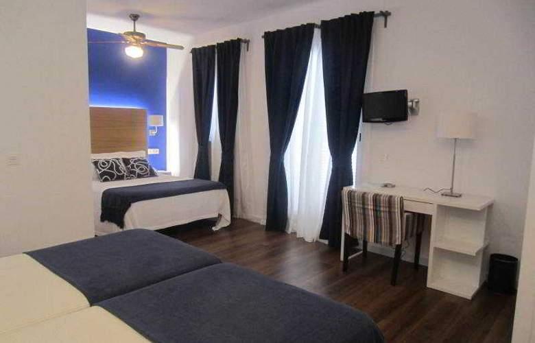 Hotel LLorca - Room - 17