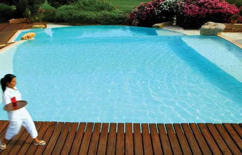 Dolce Fregate Provence - Pool - 7