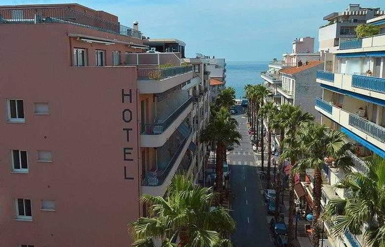 Best Western Astoria - Hotel - 10