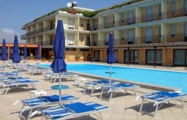 Borgo Saraceno Residence - Pool - 1
