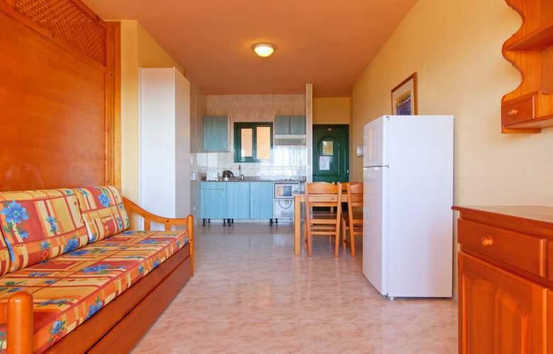 Solvasa Cabo de Baños - Room - 2