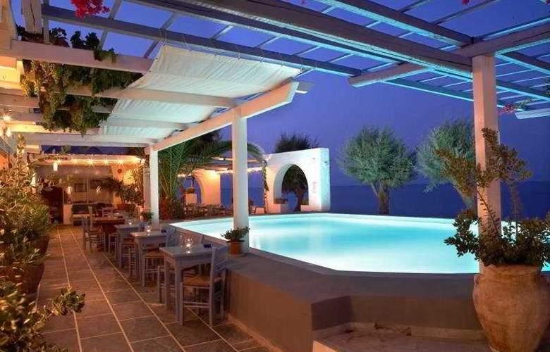 Sigalas - Hotel - 0