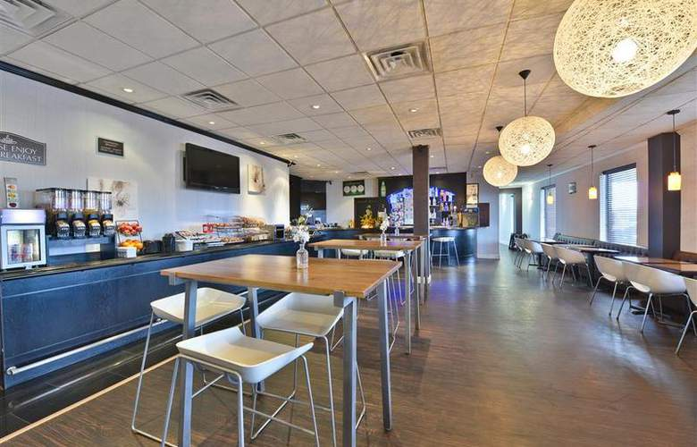 Best Western Plus Newark Airport West - Restaurant - 106